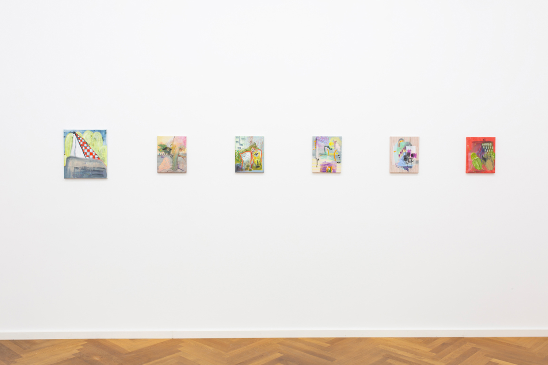 Nina-Tobien-contemporary-art-installation-view-Galerie-Parisa-Kind
